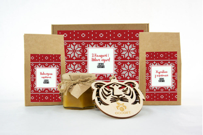 Подарки клиентам на Новый год с клюквой, чаем и медом. Арт: te34_008