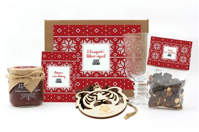 Подарочные наборы для клюквенного глинтвейна клиентам на Новый год. Арт: gl12_008