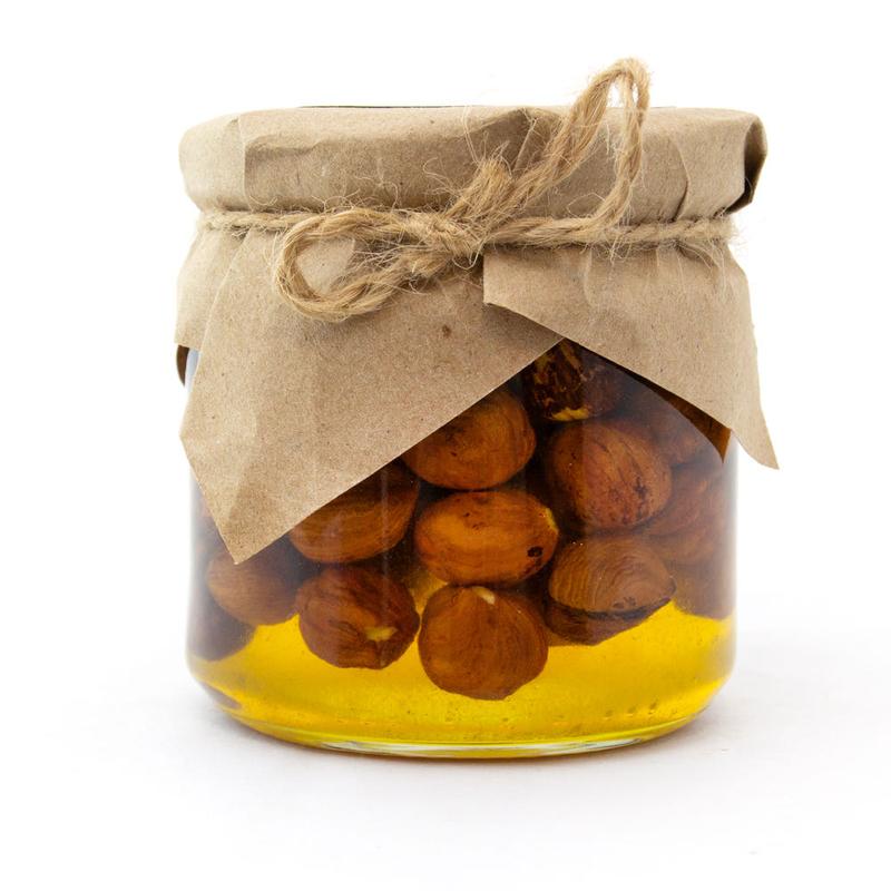 Мед с лесным орехом