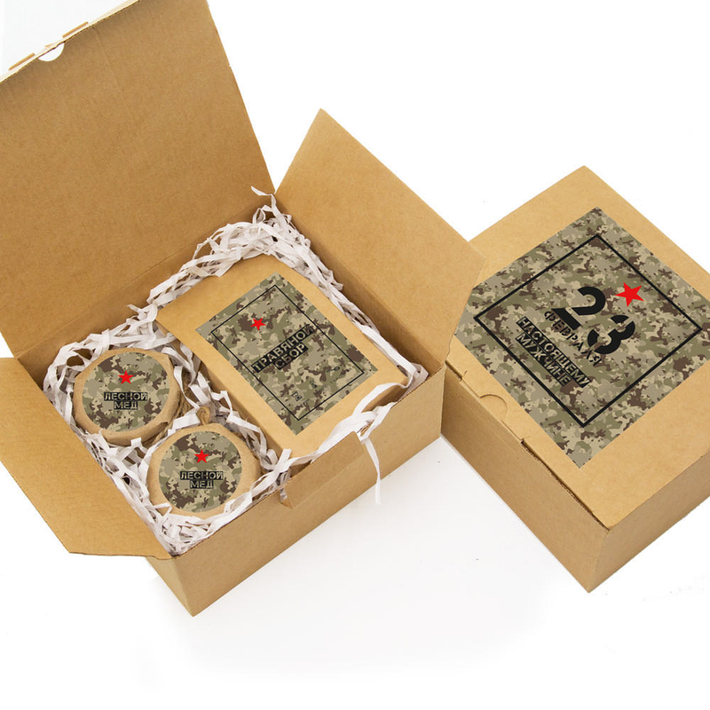 Набор «23 февраля» с травяным чаем и двумя баночками меда